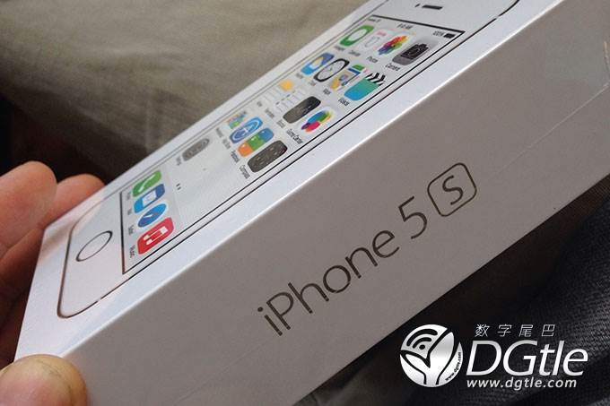 iPhone 5C und iPhone 5S: Erste Unboxings sind da – Bilder und HandsOn-Videos