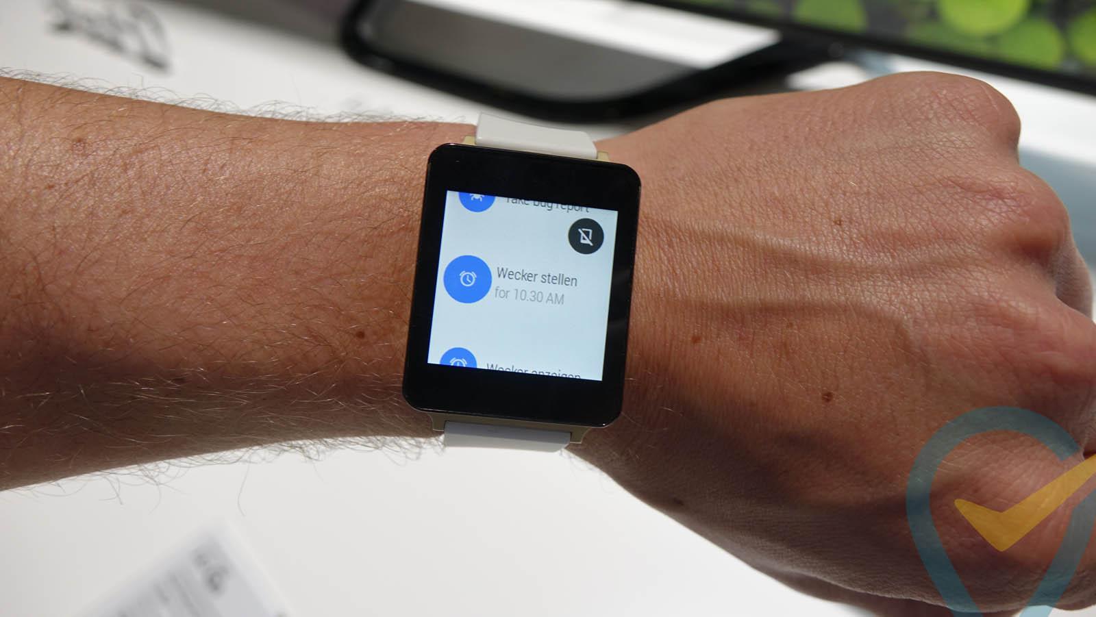 """LG G Watch: Erstes deutsches HandsOn-Video zeigt Gehäuse genauer – Software ist noch """"beta-beta"""""""