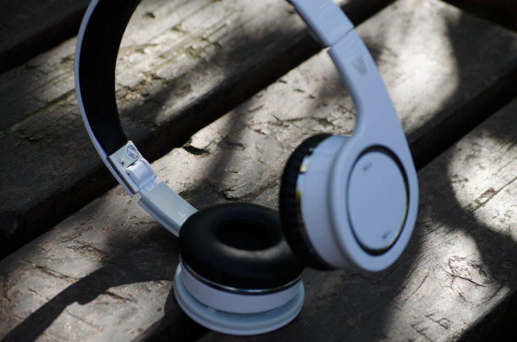 V7 Bluetooth Headset HS6000 (3)