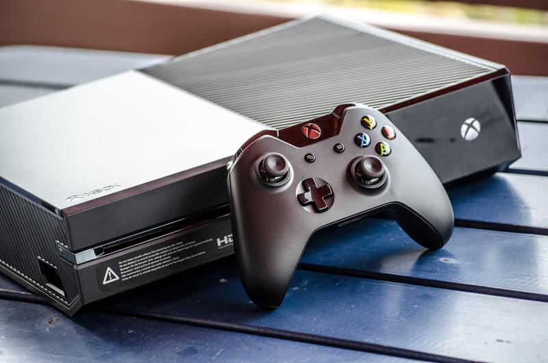 Xbox One: Variante mit 1 TB und neuem Controller kommt am 15. Juli laut Amazon